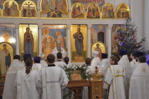 В день памяти первомученика архидиакона Стефана архиепископ Димитрий совершил Литургию в храме Воскресения Христова города Витебска.