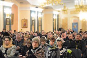 Преподаватели и студенты духовной семинарии приняли участие в IV епархиальных Рождественских чтениях