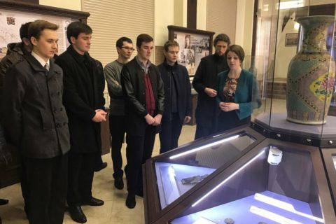 Воспитанники семинарии посетили музей истории частного коллекционирования города Витебска