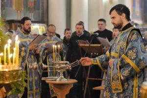 В праздник иконы Богородицы «Скоропослушница» первый проректор возглавил Литургию в Воскресенском храме