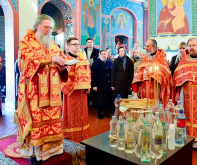 Ректор семинарии совершил Литургию в Свято-Покровском соборе города Витебска