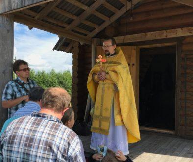 Богослужение в деревне Село
