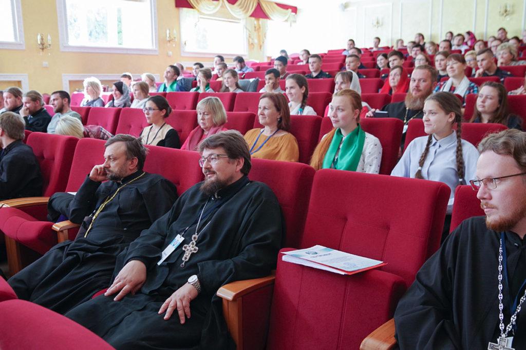 Руководство семинарии приняло участие в мероприятиях регионального этапа XXVII Международных Рождественских образовательных чтений «Молодежь: свобода и ответственность»