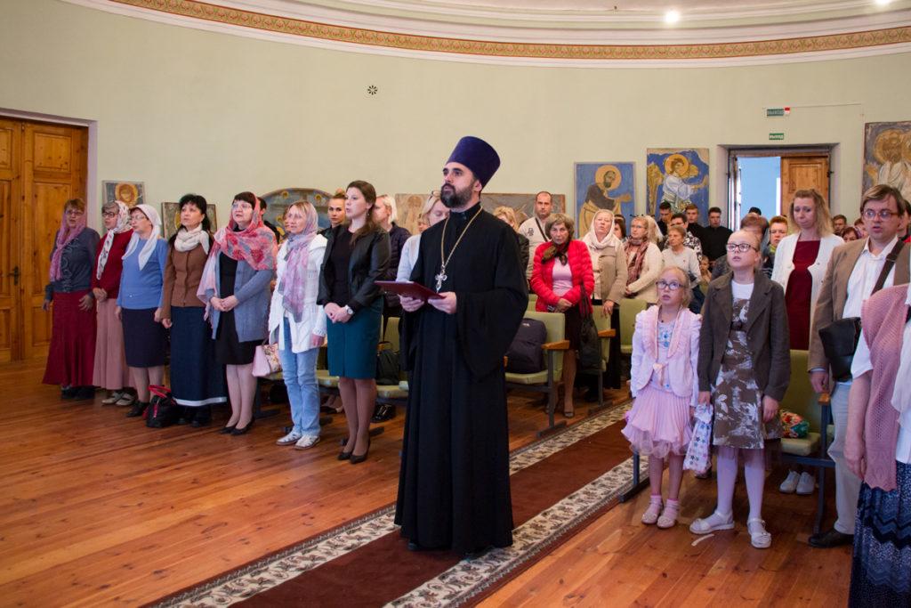 """В актовом зале Витебской духовной семинарии прошел концерт """"СемьЯ"""""""
