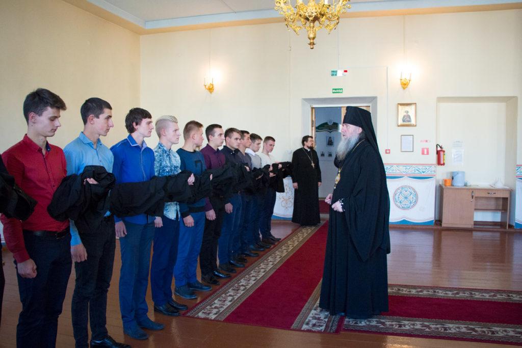 Студенты первого курса Витебской духовной семинарии получили благословение на ношение подрясника