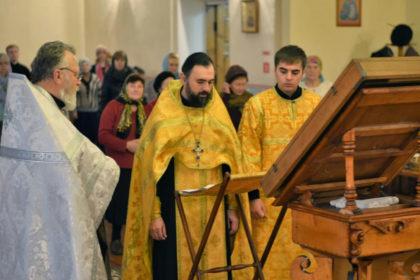 В семинарском храме была совершена заупокойная лития по случаю 101-й годовщины Октябрьской революции