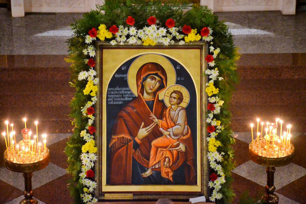 Преподаватели и студенты семинарии почтили день памяти иконы Божией Матери «Скоропослушница»
