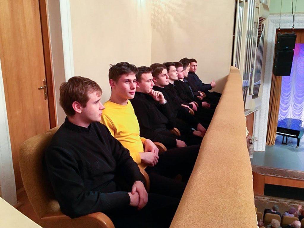 Семинаристы посетили выступление мужского хора «Президиум конвента»