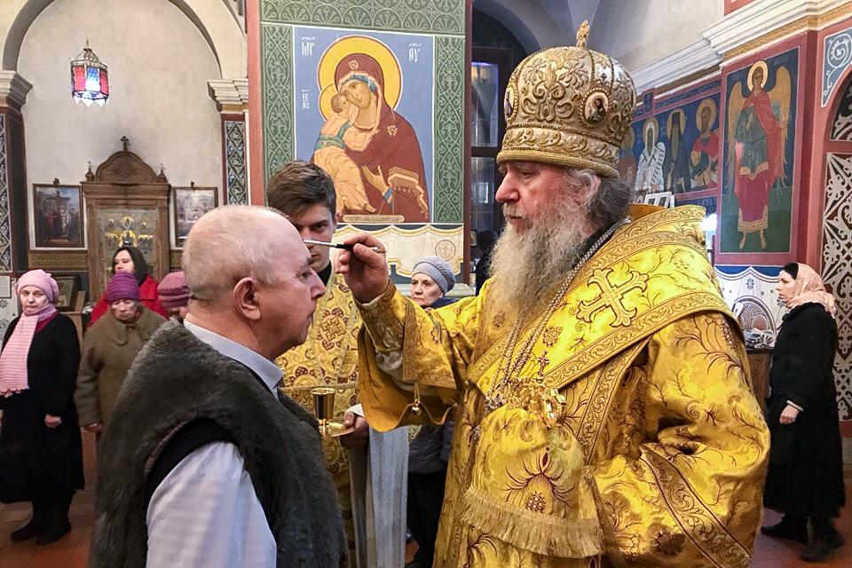 Ректор семинарии совершил вечернее богослужение в Свято-Покровском соборе города Витебска