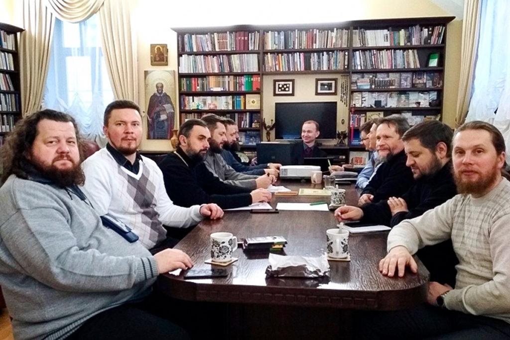 Проректор по воспитательной работе принял участие в XXII Совещании православных сектоведов