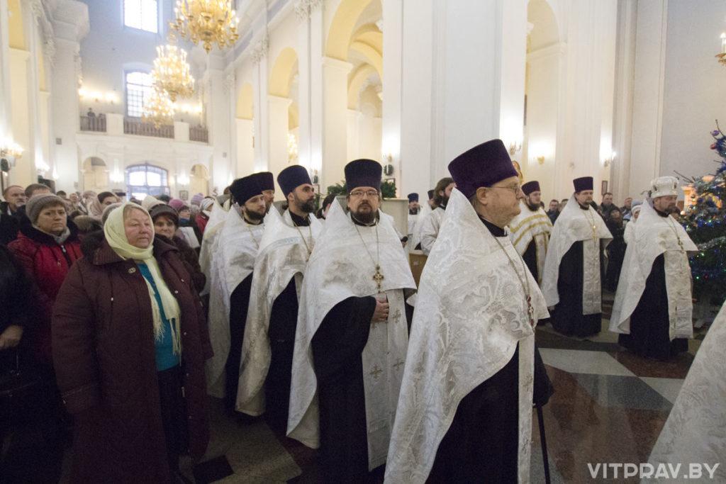 В праздник Рождества Христова руководство семинарии приняло участие в праздничном молебне