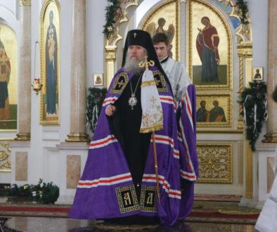 В праздник Рождества Христова ректор семинарии возглавил Божественную литургию вСвято-Успенском кафедральном соборе