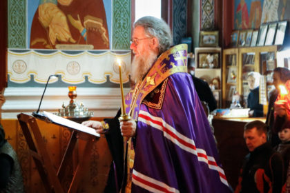 Ректор семинарии совершил великое повечерие с чтением Великого канона преподобного Андрея Критского в Свято-Покровском соборе