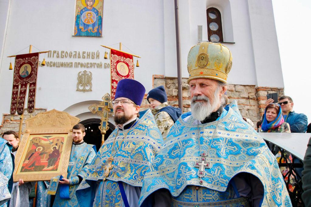 Ректор семинарии совершил Божественную литургию в храме Благовещения Пресвятой Богородицы города Витебска