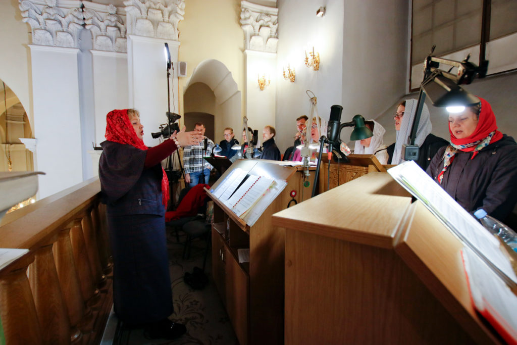 Ректор семинарии возглавил Пасхальное богослужение в Свято-Успенском кафедральном соборе города Витебска
