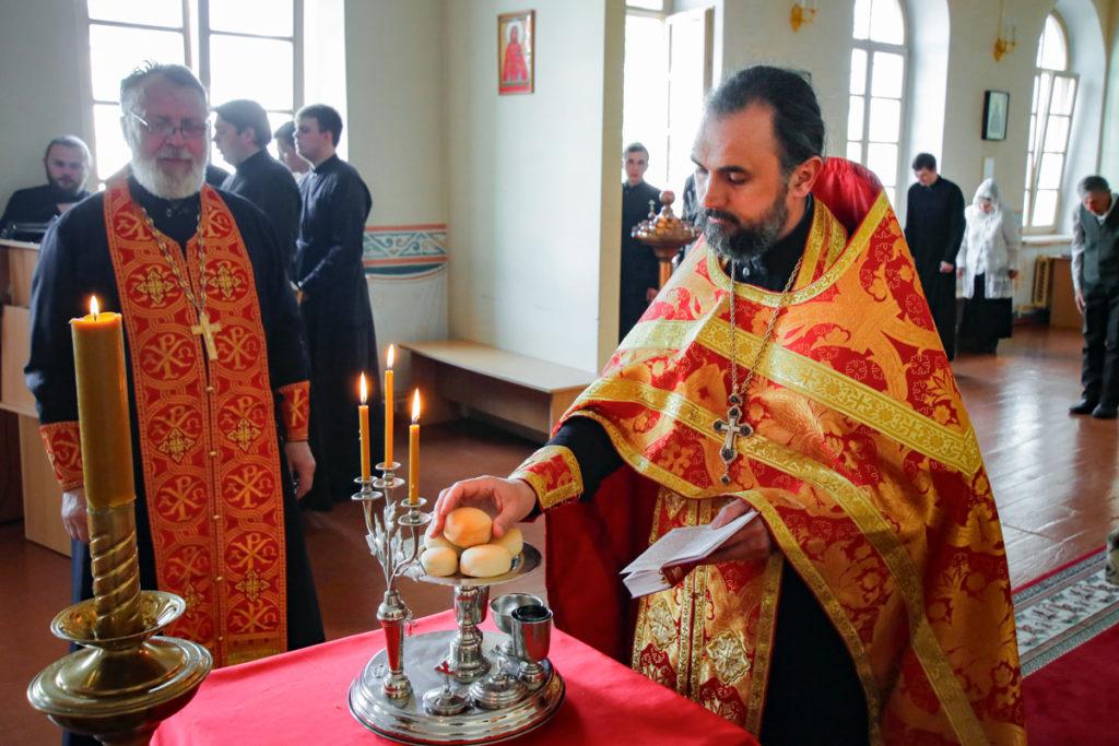 Всенощное бдение в канун престольного праздника домового храма семинарии возглавил первый проректор духовной школы