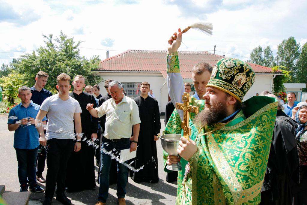 В день праздника Святой Троицы семинаристы помолились в Марковом мужском монастыре города Витебска