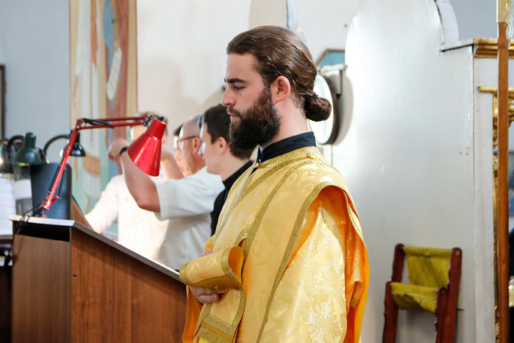 Ректор семинарии возглавил вечернее богослужение в Марковом мужском монастыре