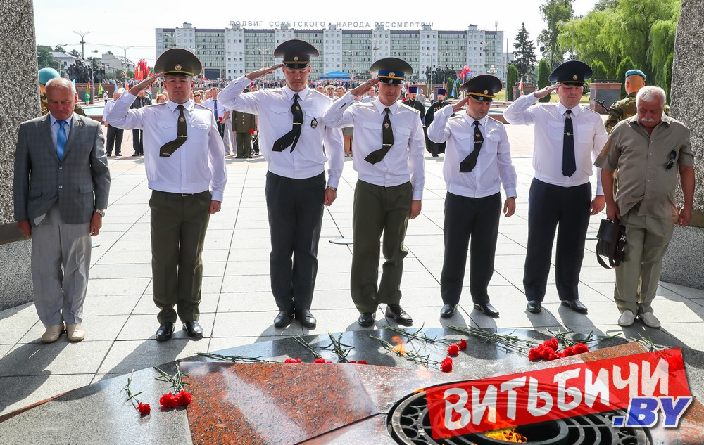 Первый проректор семинарии принял участие в праздновании 75-летия освобождения Витебска от немецко-фашистских захватчиков