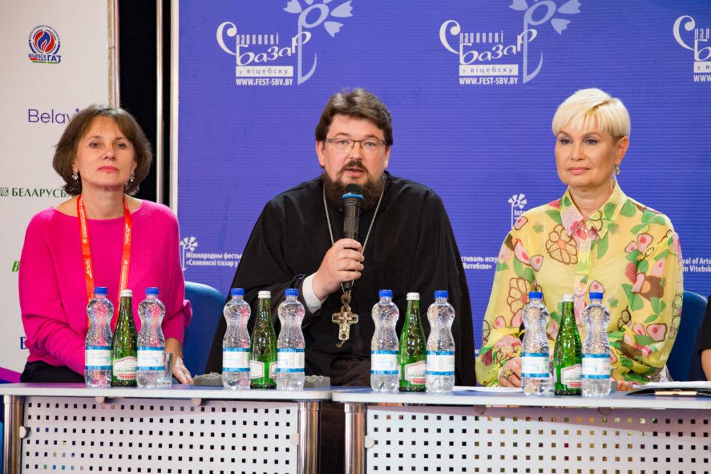 """В преддверии праздника хоровой музыки """"Славянский благовест"""" первый проректор семинарии принял участие в пресс-конференции"""