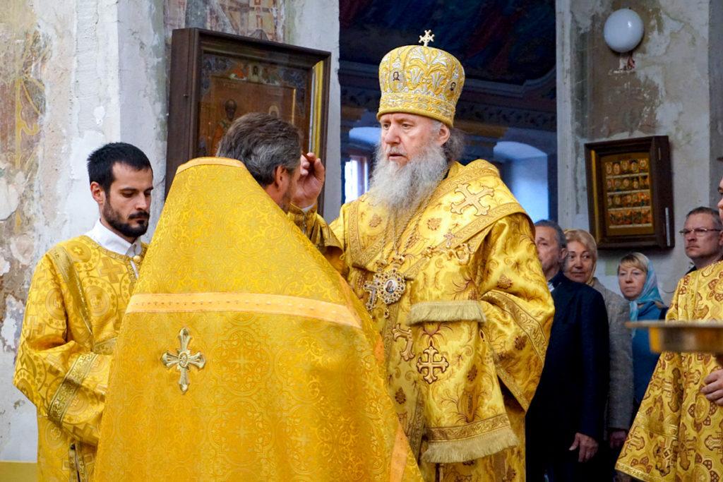Ректор семинарии совершил всенощное бдение в храме святой великомученицы Ирины