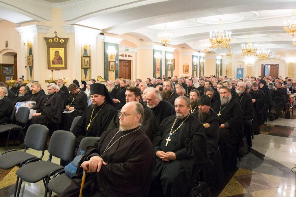 Первый проректор семинарии рассказал о работе духовной школы в ходе собрания духовенства и мирян Витебской епархии