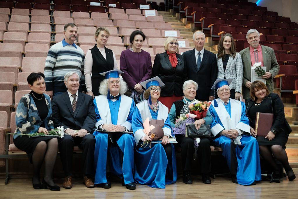 Первый проректор семинарии принял участие в праздничных мероприятиях, посвященных юбилею художественно-графического факультета ВГУ