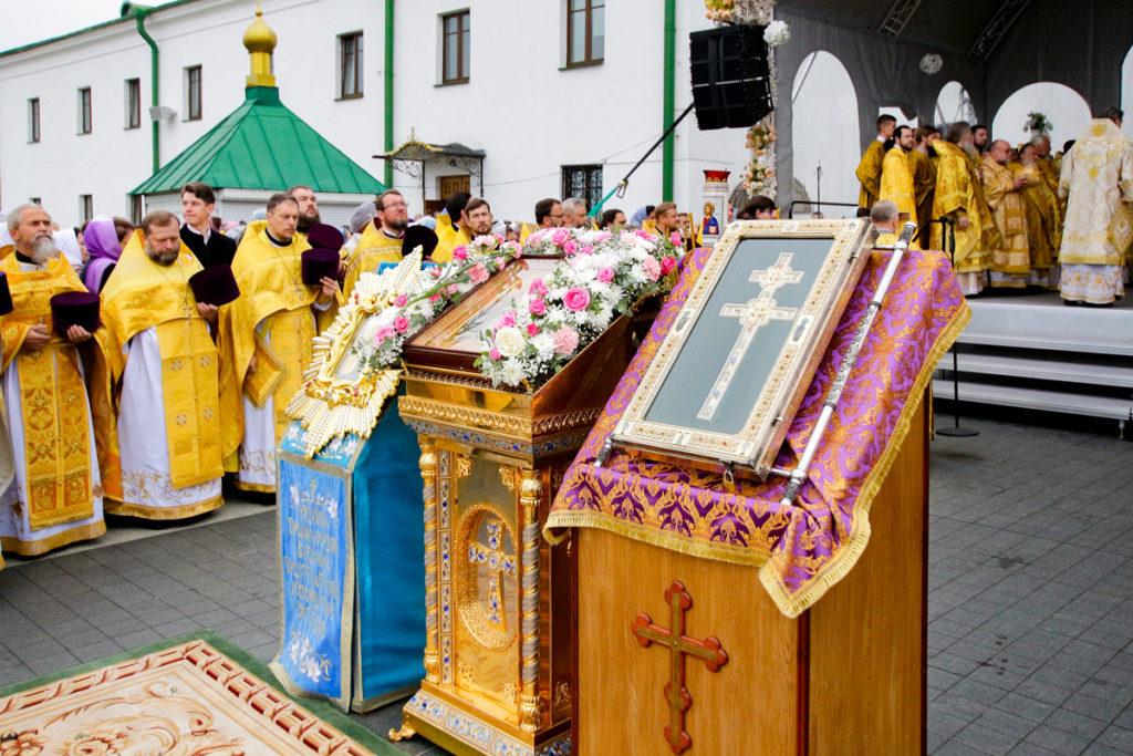 Представители Витебской духовной семинарии приняли участие в торжествах по случаю 30-летия со дня образования Белорусского Экзархата