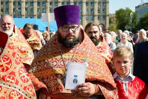 Выпускник Витебской духовной школы награжден медалью за спасение из огня пожилого инвалида