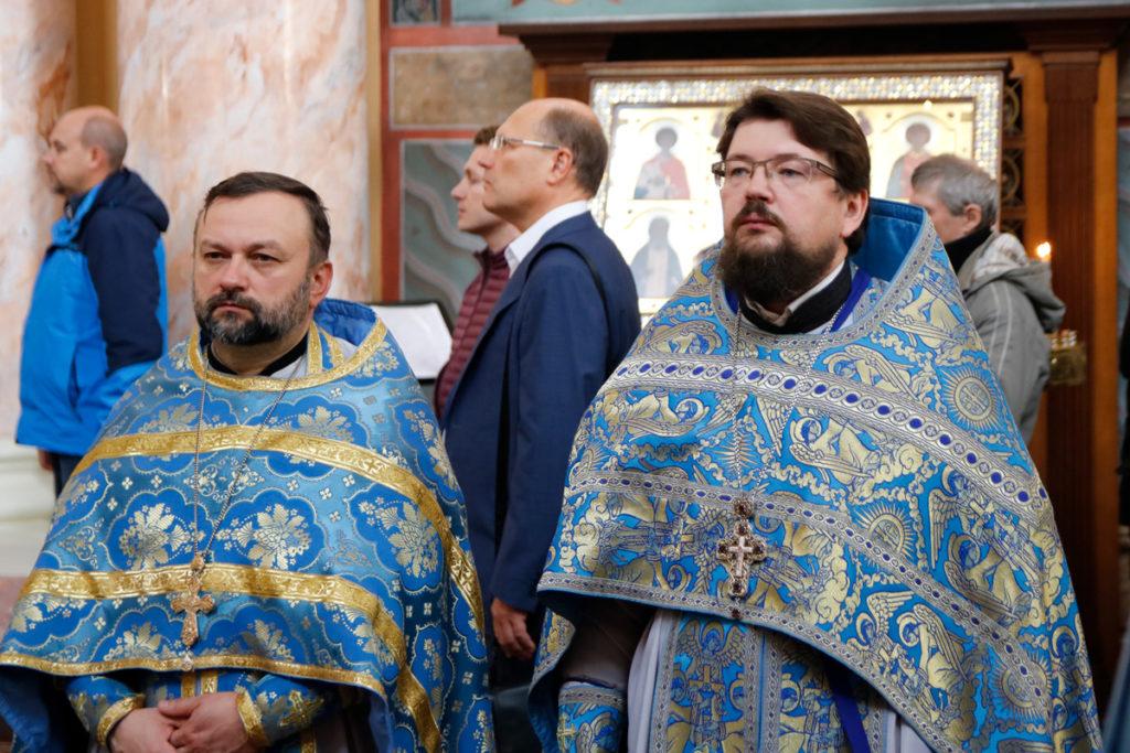 Архиепископ Димитрий благословил студентов первого курса на ношение подрясника
