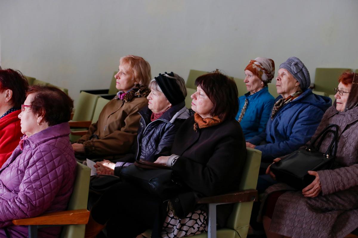 В актовом зале семинарии прошла беседа с посетителями Территориальных центров социального обслуживания населения