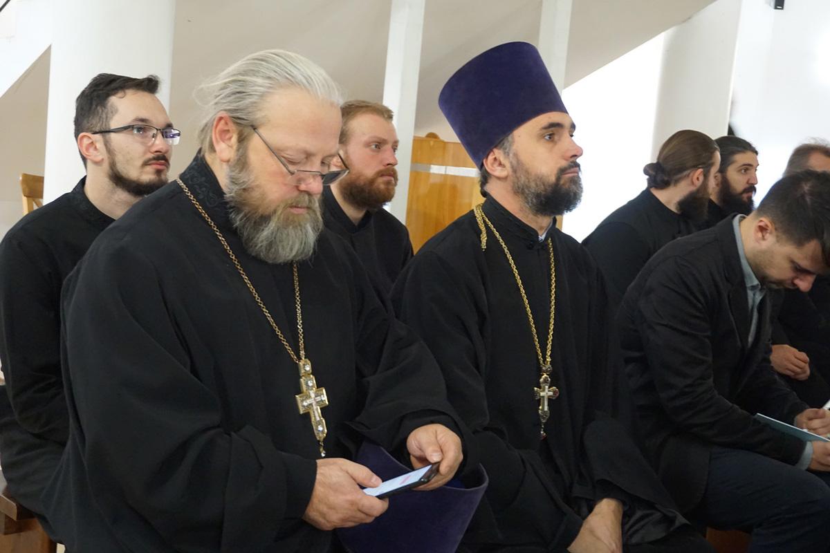 Ректор семинарии открыл V Международный Ирининский форум в Москве