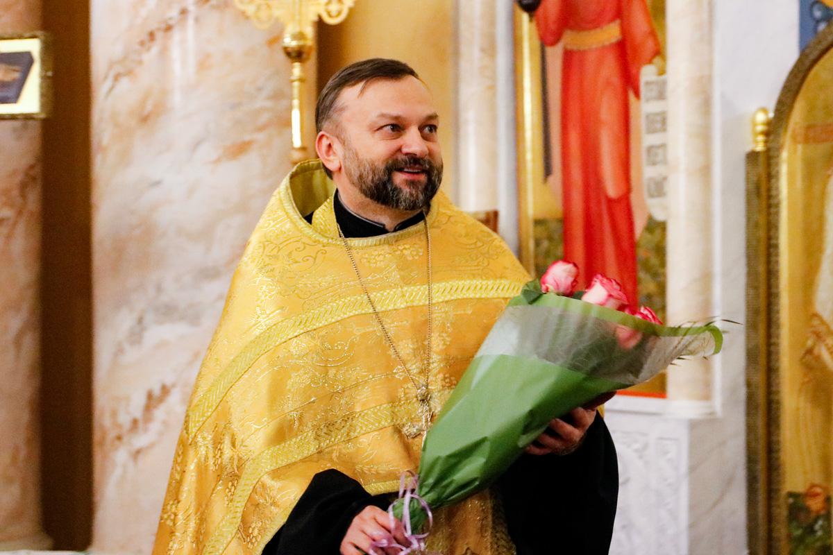 В День своего 45-летия первый проректор семинарии совершил всенощное бдение в храме Воскресения Христова