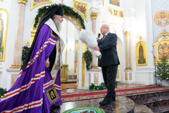 Руководство семинарии приняло участие в соборном Рождественском молебне