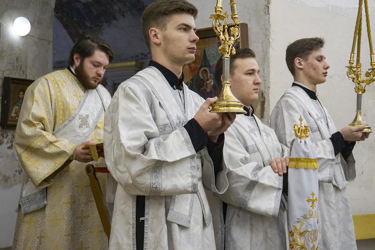 В День своего рождения ректор семинарии совершил Литургию в храме святой великомученицы Ирины