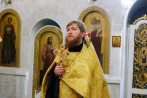 В новогоднюю ночь семинаристы помолились в Свято-Троицком Марковом мужском монастыре города Витебска