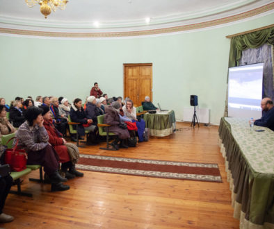 """В актовом зале семинарии прошла премьера фильма о святом Гаврииле Самтаврийском """"Я жду вас в Самтавро"""""""