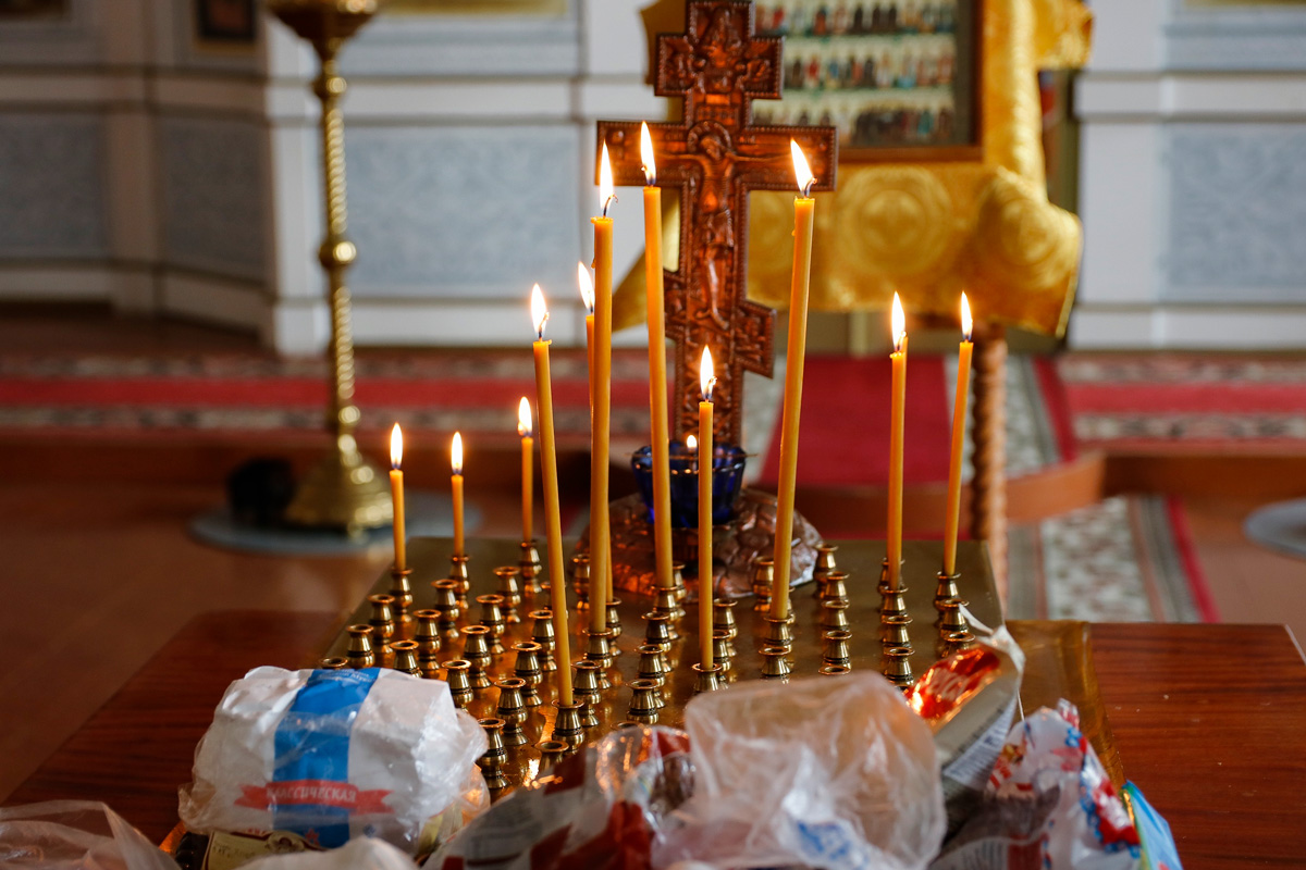 В семинарском храме были совершены богослужения Вселенской родительской субботы