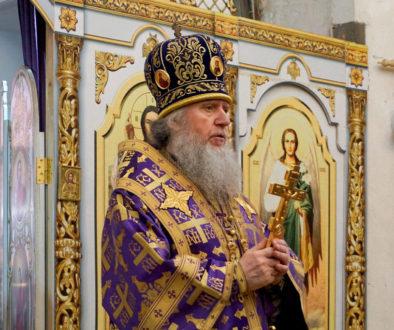 В субботу 4-ой седмицы Великого поста ректор семинарии совершил Литургию в храме святой великомученицы Ирины