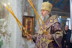В Неделю Торжества Православия ректор семинарии совершил Божественную литургию в храме святой великомученицы Ирины