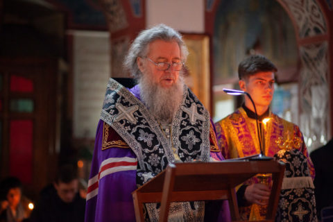 В понедельник первой седмицы Великого поста ректор семинарии совершил богослужение в Свято-Покровском соборе