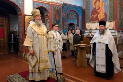 Архиепископ Димитрий совершил всенощное бдение в Свято-Покровском соборе