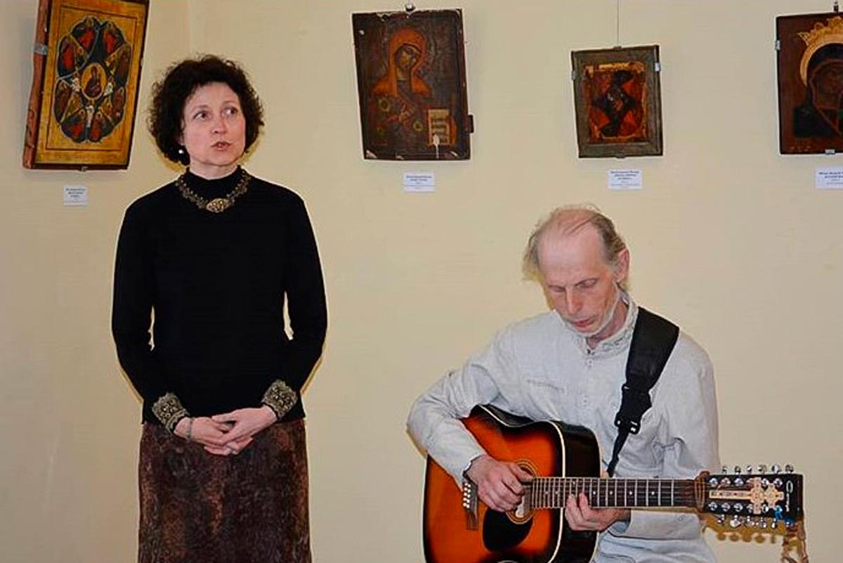 Преподаватель семинарии принял участие в открытии выставки «Под покровом Божией Матери»