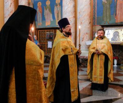 В канун праздника Рождества Иоанна Крестителя первый проректор совершил всенощное бдение в храме Воскресения Христова