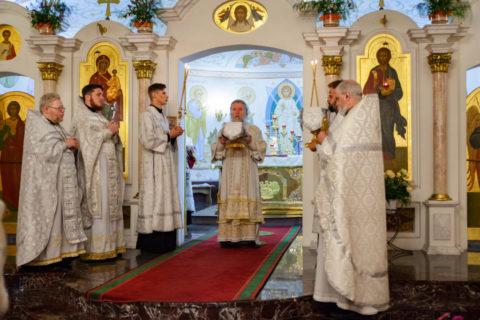 В праздник Преображения Господня ректор семинарии совершил Литургию в одноименном храме города Витебска