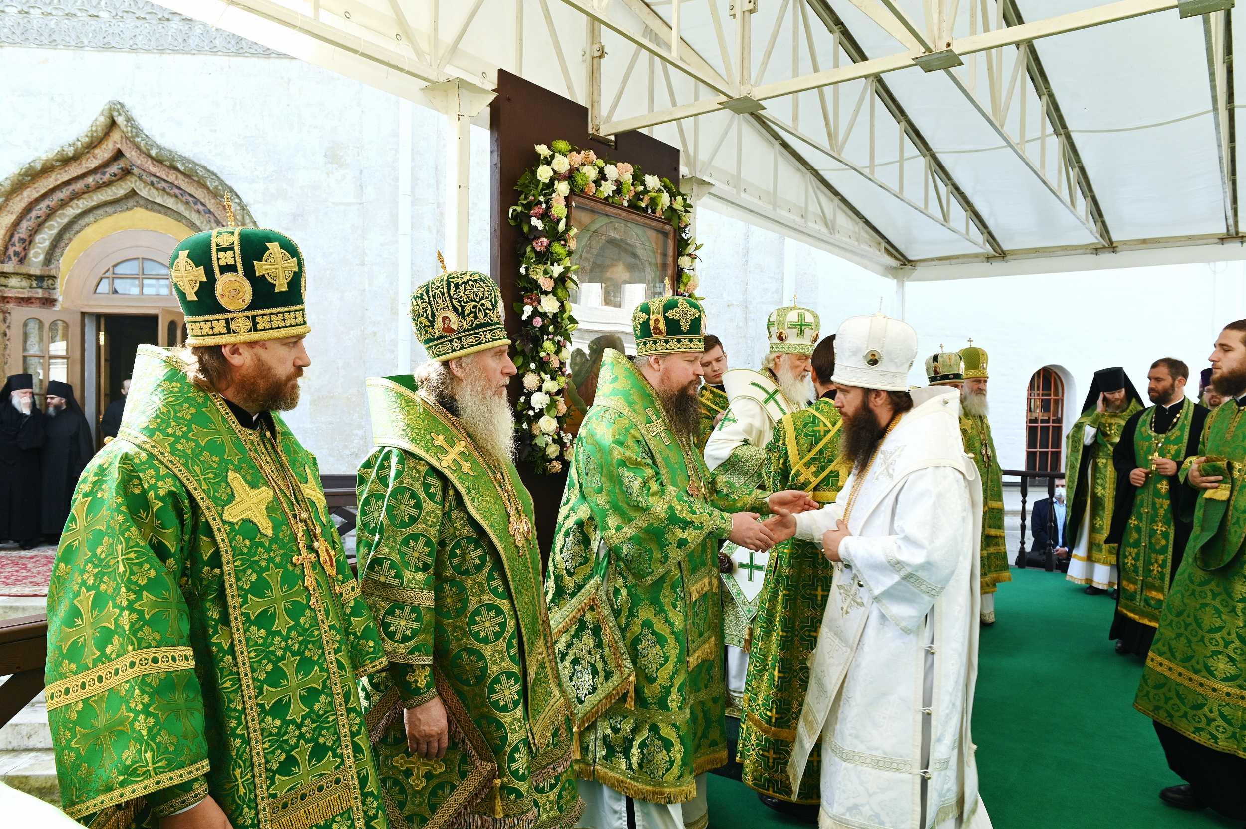Ректор семинарии сослужил Святейшему Патриарху Кириллу в Саввино-Сторожевском монастыре