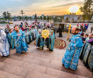 Преподаватели и студенты семинарии приняли участие в торжественной встрече Жировицкой иконы Божией Матери