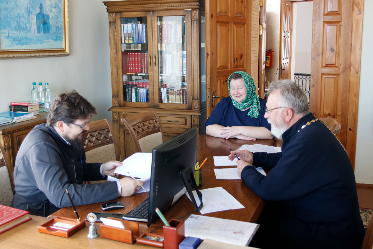 В семинарии прошли вступительные экзамены на богословско-педагогическое отделение