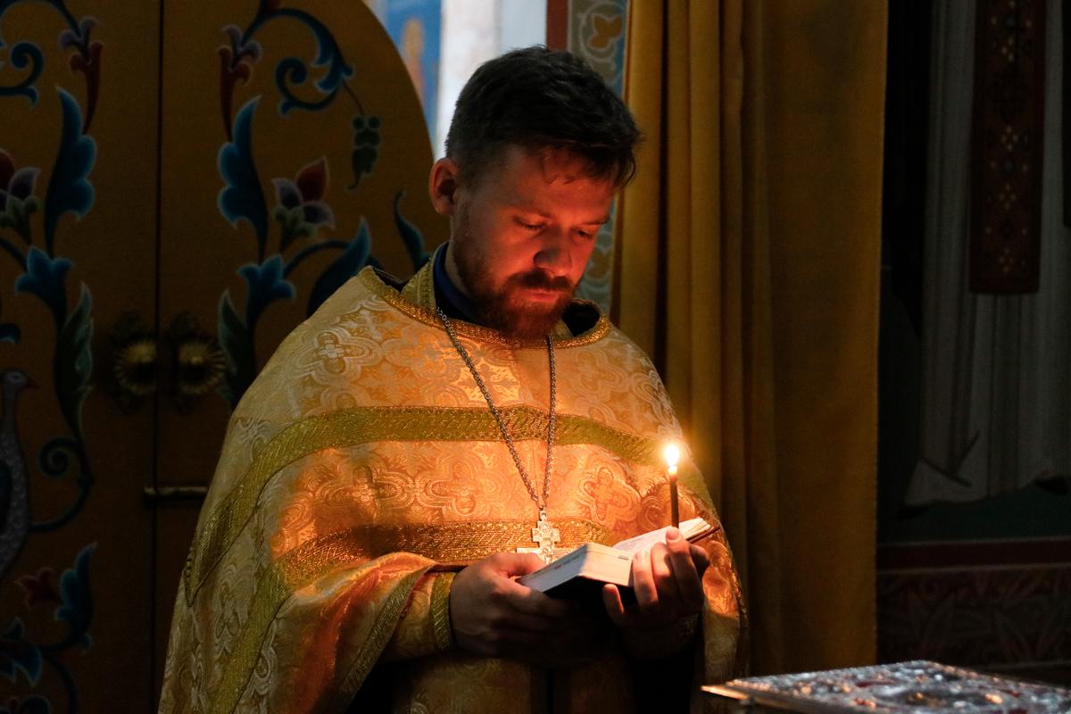 В канун Недели 13-ой по Пятидесятнице первый проректор семинарии совершил всенощное бдение в храме Воскресения Христова города Витебска