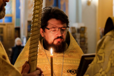 В канун Недели 18-й по Пятидесятнице первый проректор семинарии совершил всенощное бдение в храме Воскресения Христова города Витебска